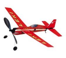 image: Aeromodel Extra330SL cu motor de cauciuc
